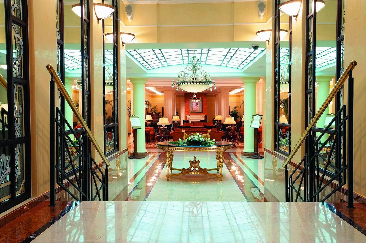 """Отель """"Шторм жизни"""" Hotel-Opera-10"""
